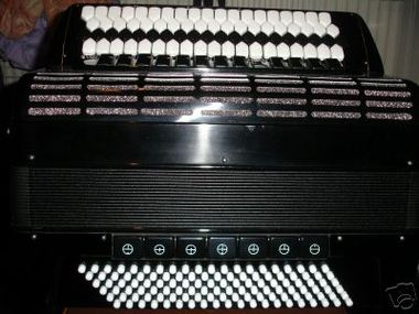 Accordion_with_kratsov_keyboard