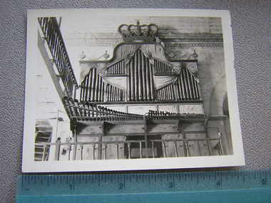 Bamboo_organ_in_manilla
